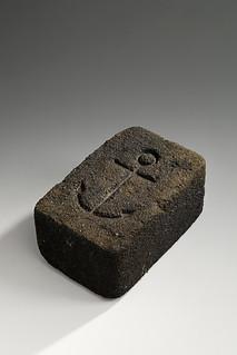 Briquette de charbon premi re moiti du xxe si cle flickr - Briquette de charbon ...