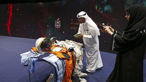 uae-mars-moon-spacex-space