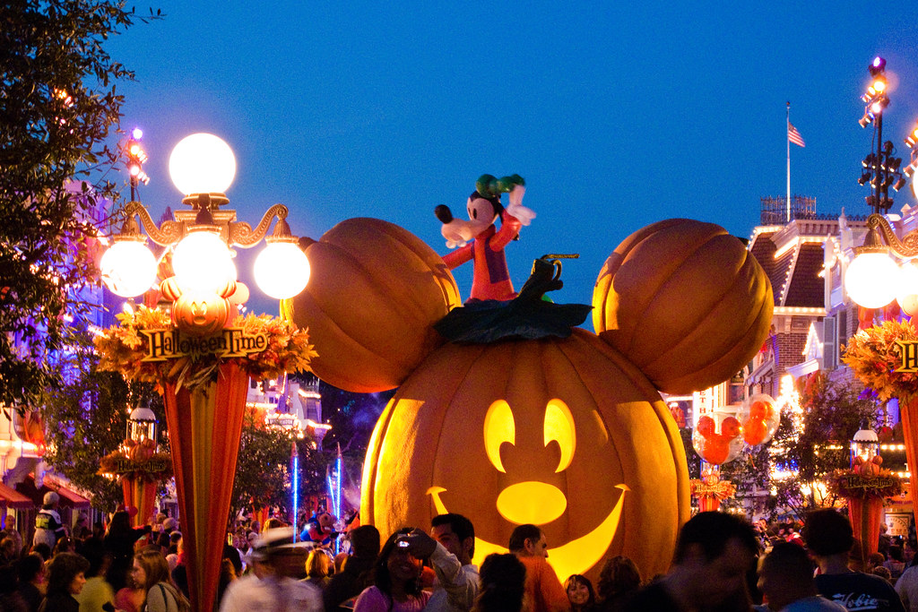 Halloween At Disneyland A Look At Some Of The Halloween