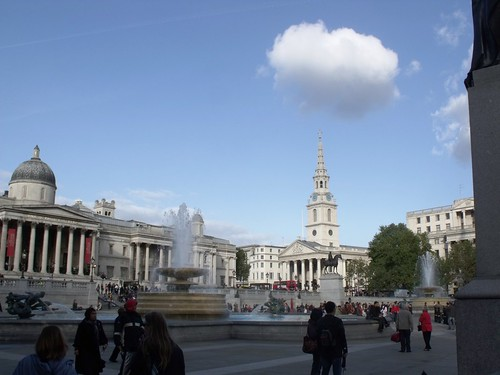 Fountains, National Gallery and Trafalgar Square, London | by ell brown