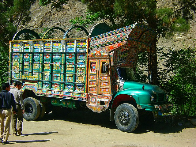 Passing A Truck In Baltistan We Passed This Truck On The W Flickr