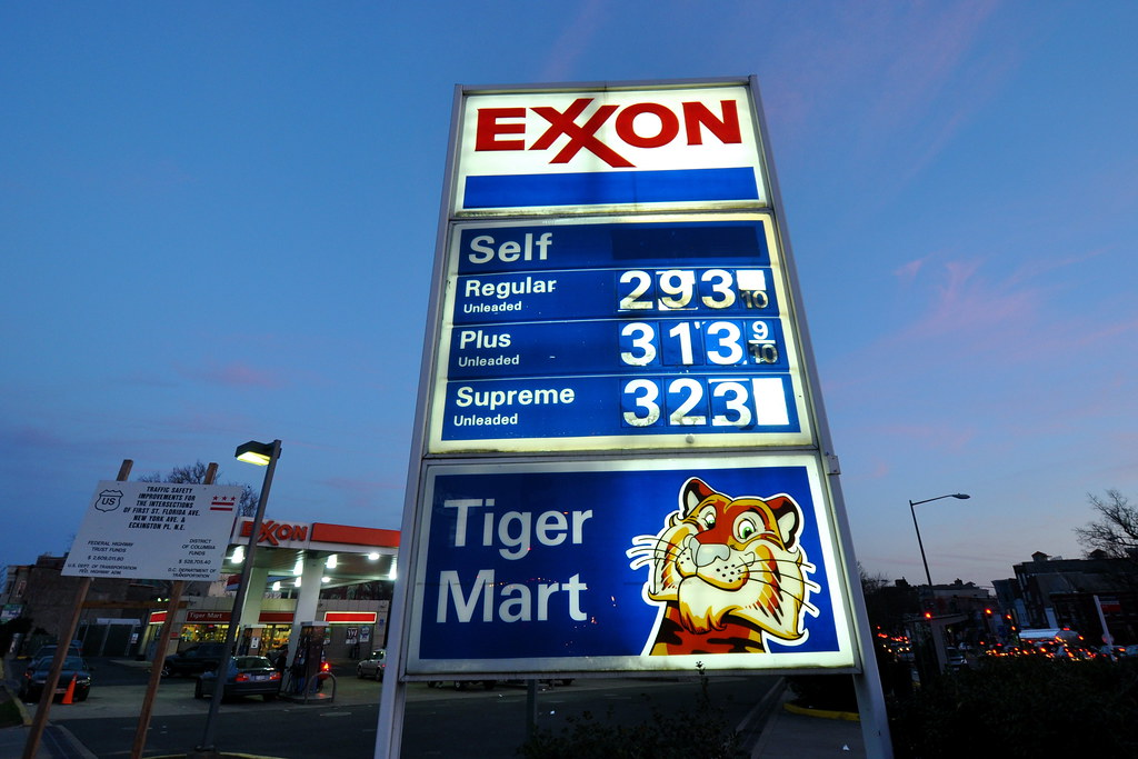Exxon Tiger Mart | Washington, DC. | M.V. Jantzen | Flickr