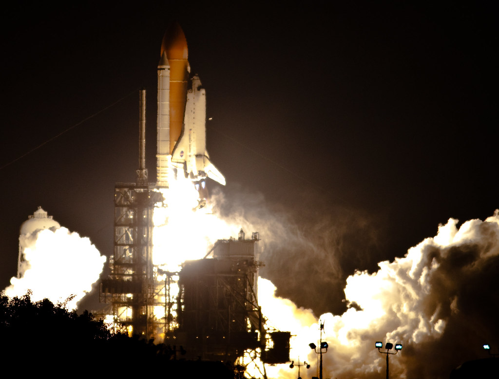 space shuttle endeavour night launch - photo #3