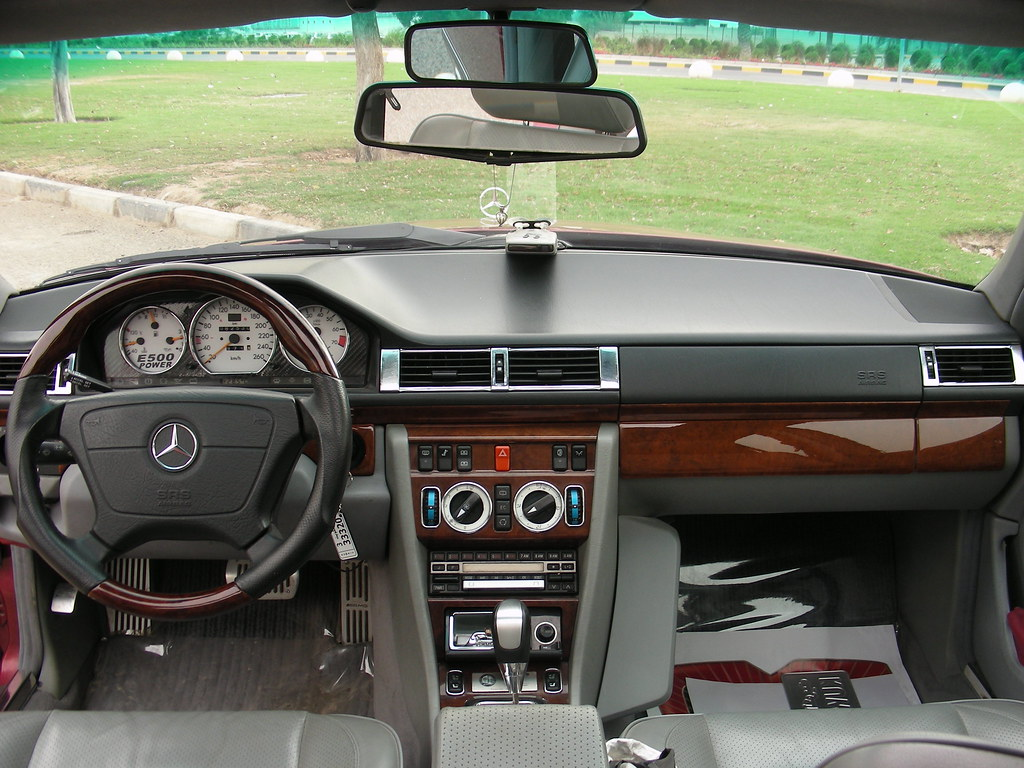 350843 Missing Glove Box Bottom Cover together with Mercedes Benz E Class  W213 furthermore 2010 Mercedes E Klasse Cabrio By Brabus 18671 in addition E Class 1996 2002 W210 Fuse Chart Location Designation Diagram additionally Tuning Vath V63rs Based On Mercedes Benz C63 Amg Estate With 585hp V8 Photos. on 2010 mercedes e500 interior