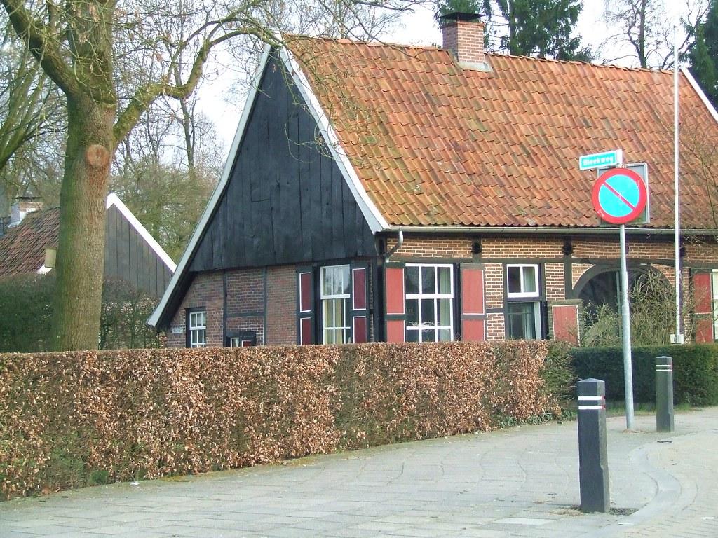 Typisch oud nederlands huis laila borrie flickr - Modern deco in oud huis ...