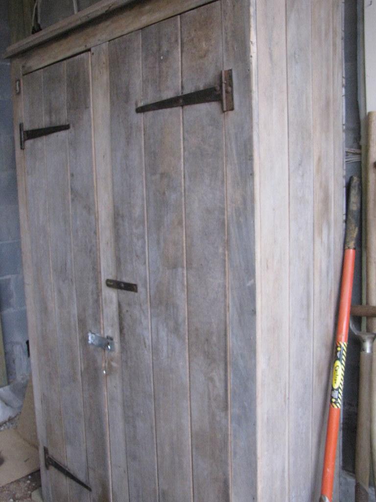 Resultado de imagen de rustic cupboard grace_kat
