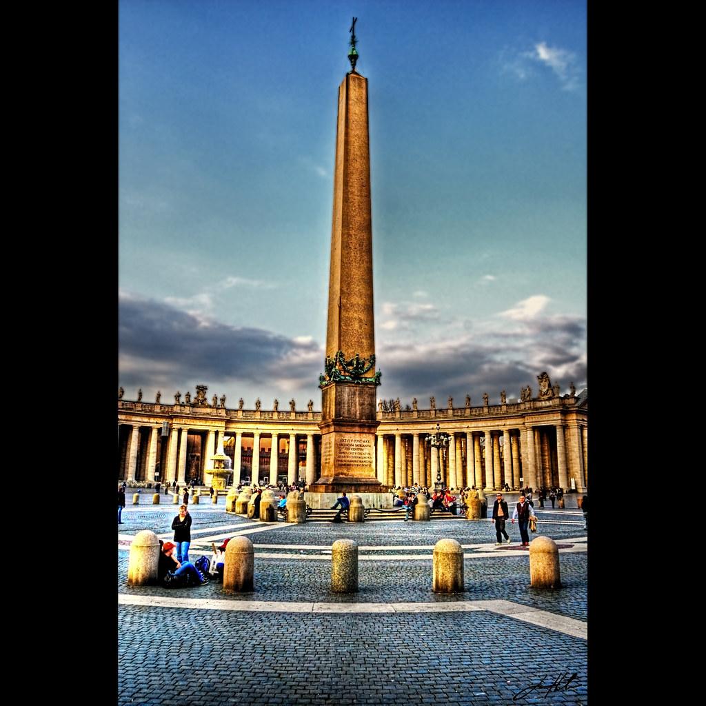 Egyptian Obelisk - St. Peter's Square   Vibrant Rome ...