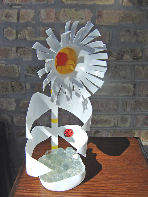 Quot White Flower Quot Made From Plastic Milk Bottle 2 Of 7 Phot