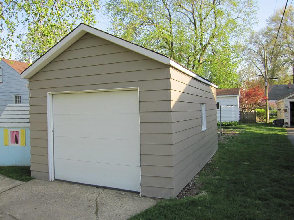 Single car detached garage single detached garage is for Single car detached garage