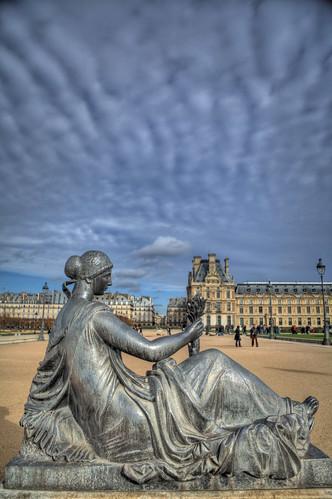 Paris jardin des tuileries statue stewart leiwakabessy - Statues jardin des tuileries ...