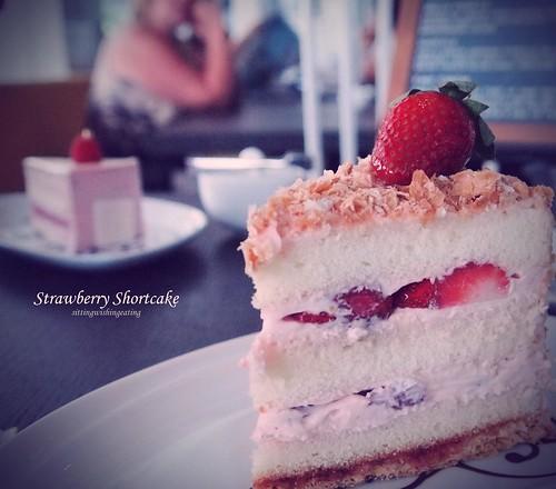 Cake Pan Short
