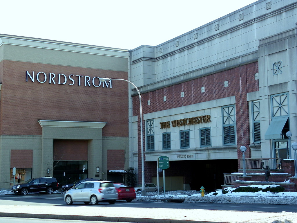 Picture Of The Westchester Mall Located At Westchester Ave Flickr