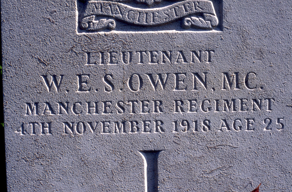 Wilfred Owen's grave | Military corner of Ors community