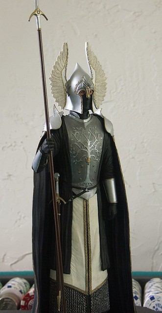 Lord of the Rings Gondor Guard | Gondorian Fountain Guard ...  Lord of the Rin...