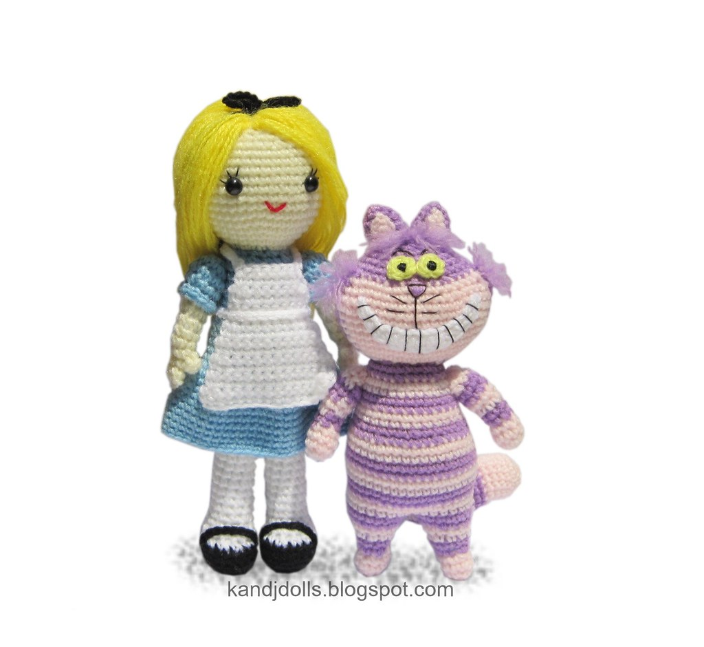 Cheshire Cat Amigurumi Crochet Pattern Free : Alice in Wonderland and Cheshire Cat crochet pattern Flickr