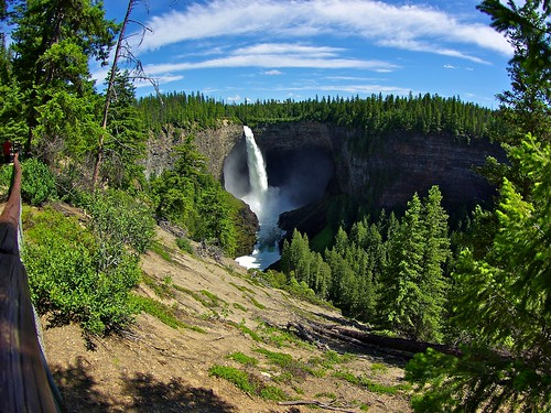 Helmcken Falls in Wells Gray Park | by jasbond007