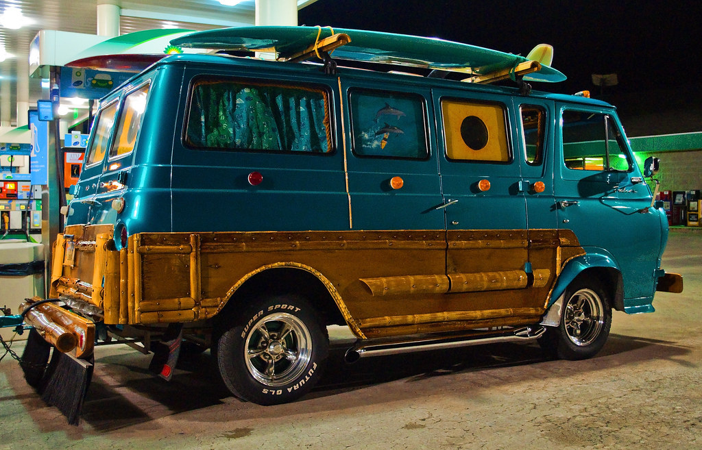 Most Awesome Custom Surf Van I Spotted This Van At A Gas