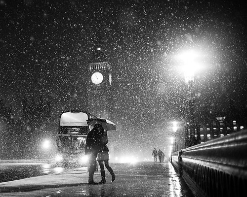 London When it Snows; Big Ben and Lovers | by kayodeok