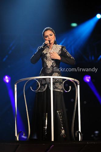 Download Lagu Raya Siti Nurhaliza Sesuci Lebaran