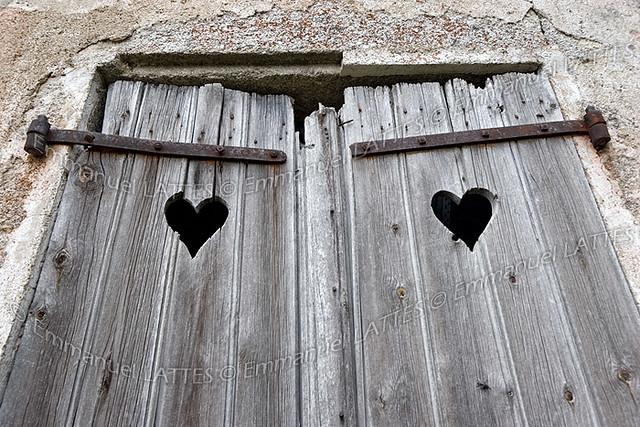 Volets en bois d'une maison abandonnée (Puy de D u00f4me (63), u2026 Flickr # Vieux Volet En Bois