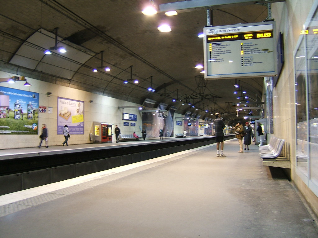 Luxembourg Paris Metro Station Luxembourg Metro Station