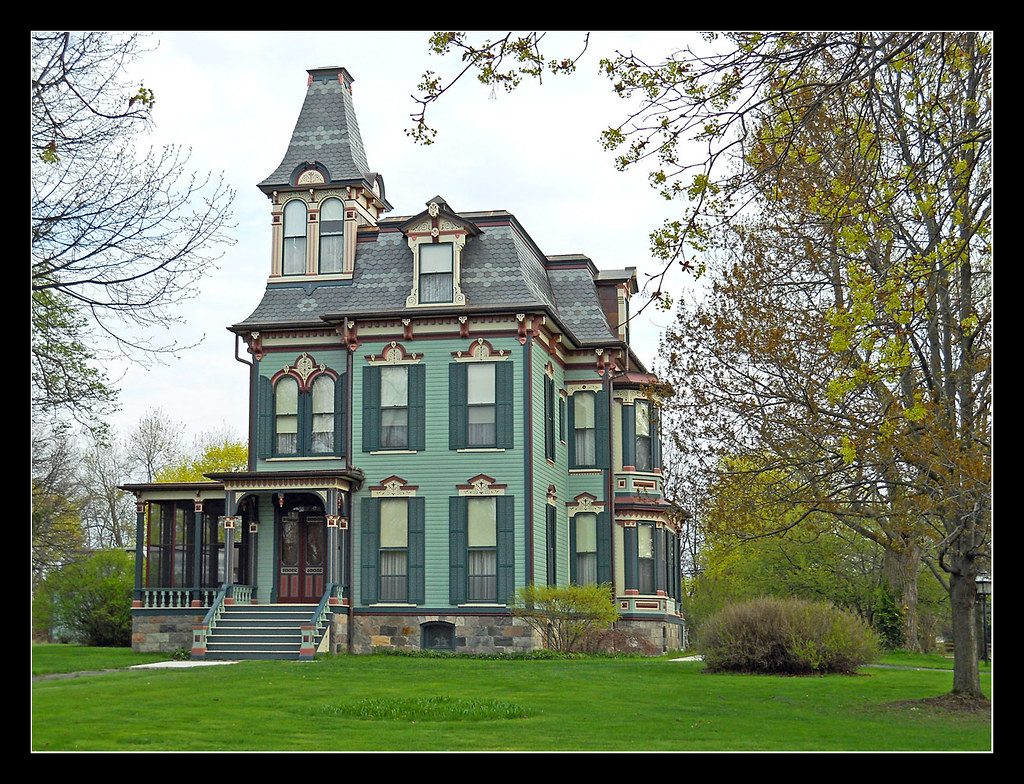 Davenport house 1875 in saline michigan the davenport for Building a home in michigan