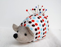 hedgehog pincushion | by minoridesign