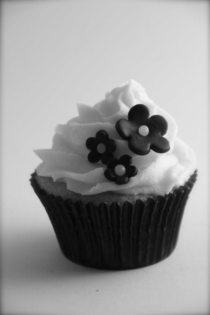 Black And White Photos Of Cake Cupcakes