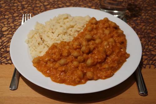 Linsen-Kichererbsen-Topf mit Couscous