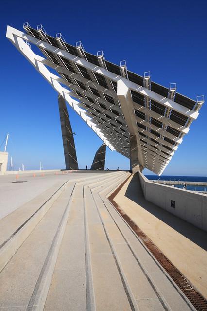 Barcelona solar pergola forum the 444kw solar array in flickr - Solar barcelona ...