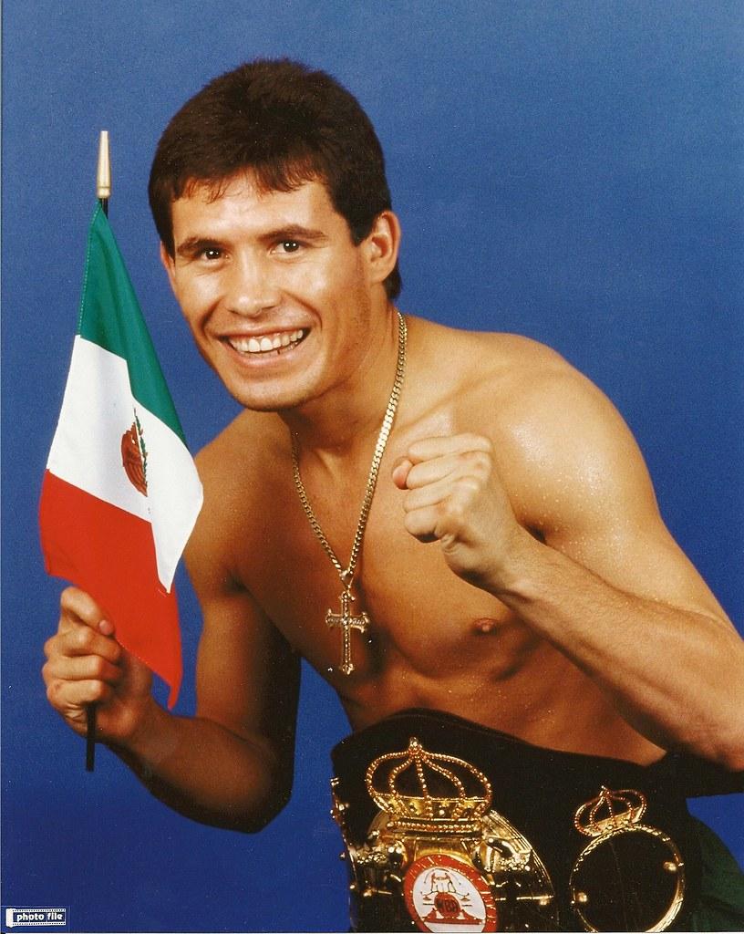 Book Review 13 also Aragon A together with Azteca America To Air Latino Boxing also Oscar De La Hoya   Worth besides Heres Saul Alvarez The Next Golden 93752. on oscar de la hoya mexican boxer
