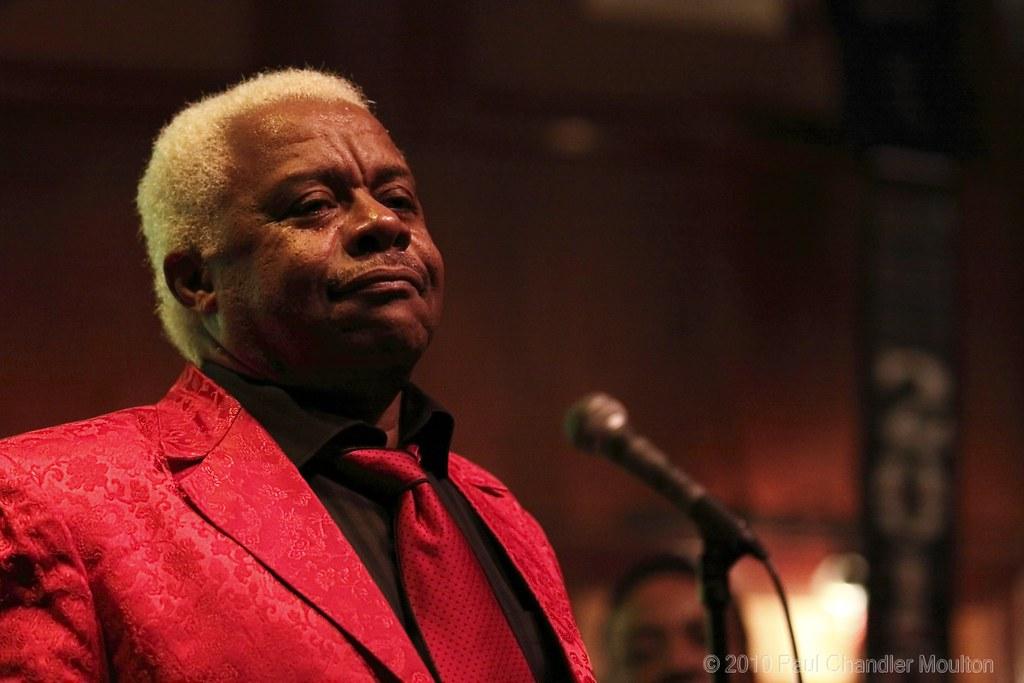 Larry Dodson Nr 5 Larry Dodson Lead Vocalist For The