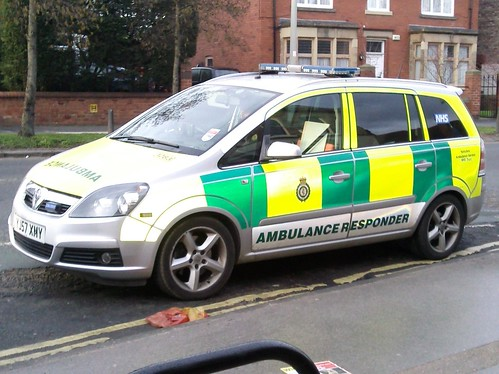 Yorkshire Ambulance Service - Vauxhall Zafira - Rapid Response Vehicle | by Police_Mad_Liam