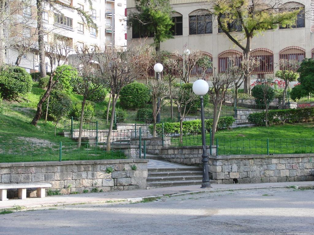 anatomía del parque de la victoria de jaén: escaleras | Flickr