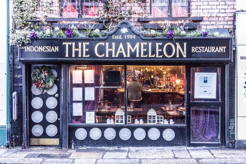 Chameleon Restaurant And Bar