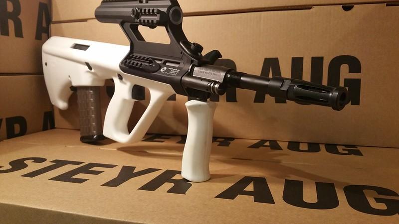 AUG White 3.0 scope