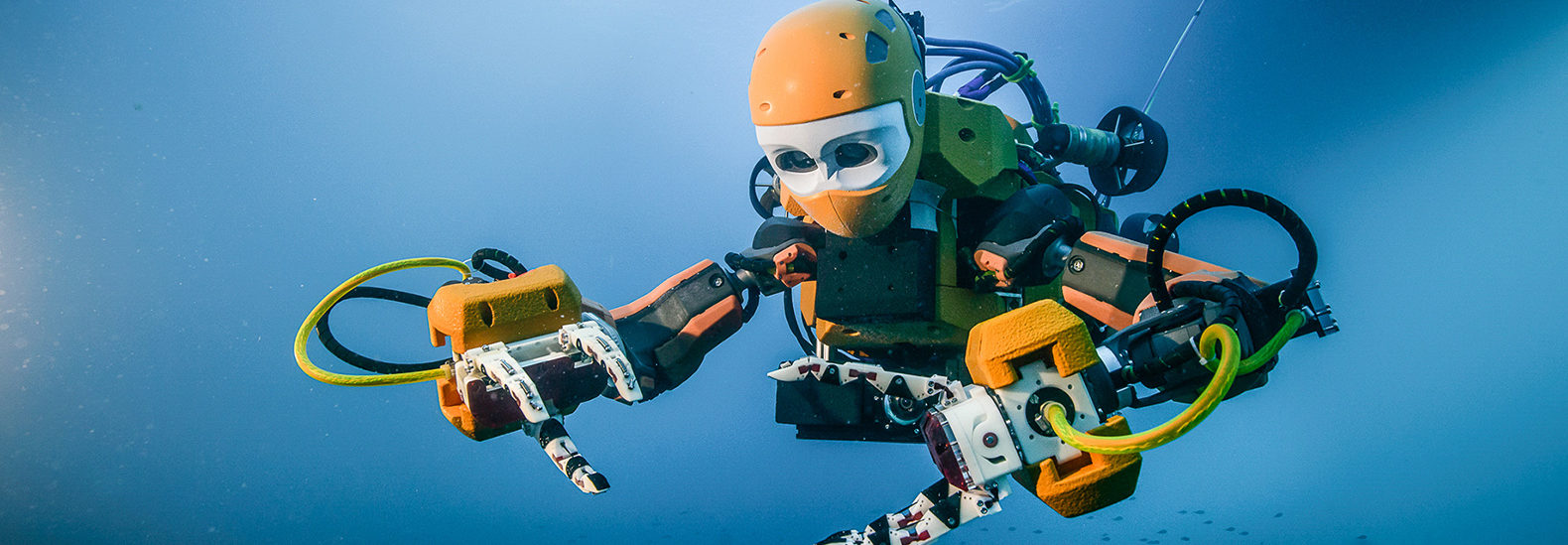 Sanford-Human-Robot-Diver-1580x549