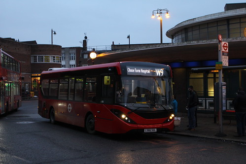 Sullivan Buses AE23 on Route W9, Southgate Station