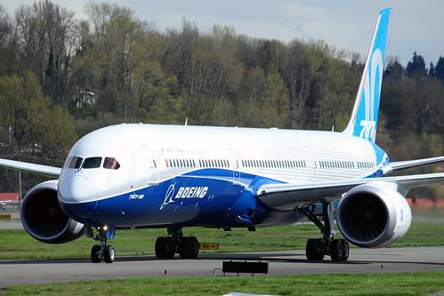 Boeing 787-10 Dreamliner N528ZC