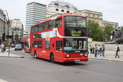 Arriva London South VLA122 LJ05BKV