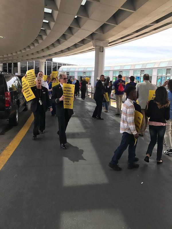Supporting Mesa Flight Attendants