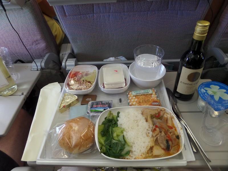 Meal on Emirates flight between Bangkok and Hong Kong