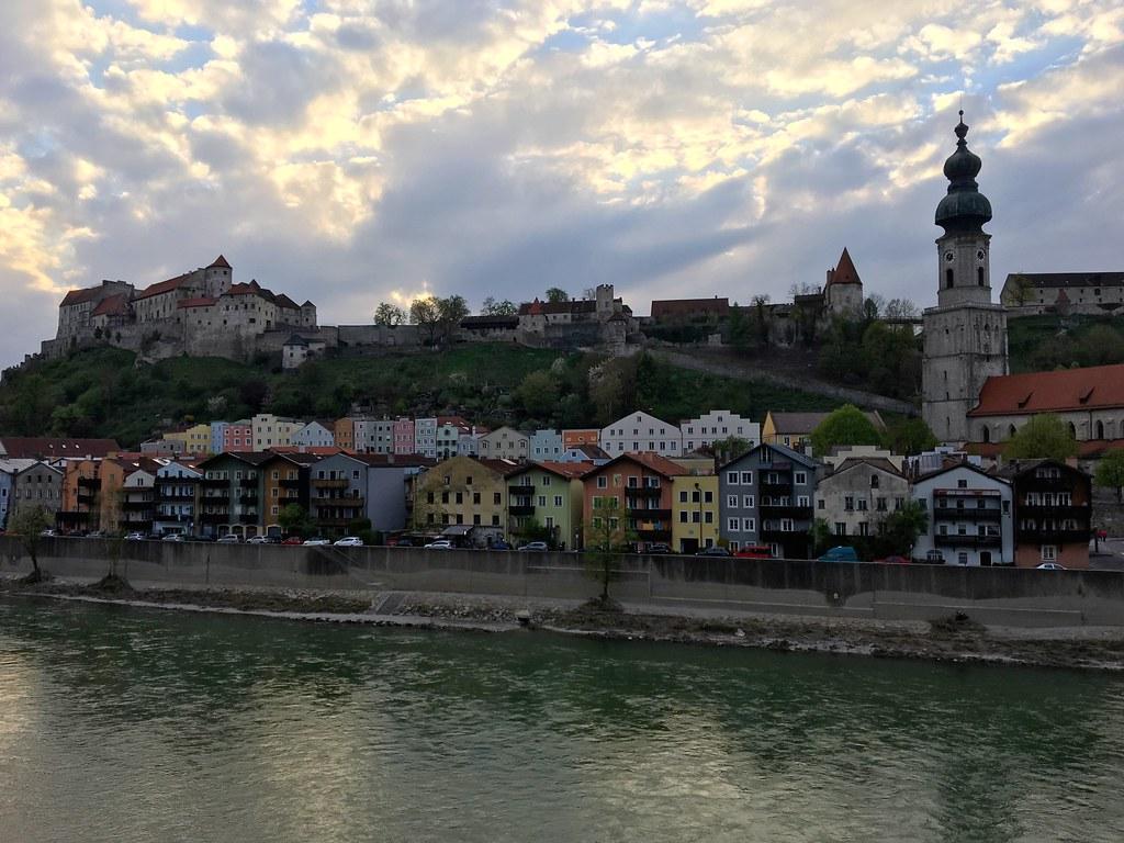 Autoloma Tonava | Krems | Burghaus | München - Kulut ja kokemukset