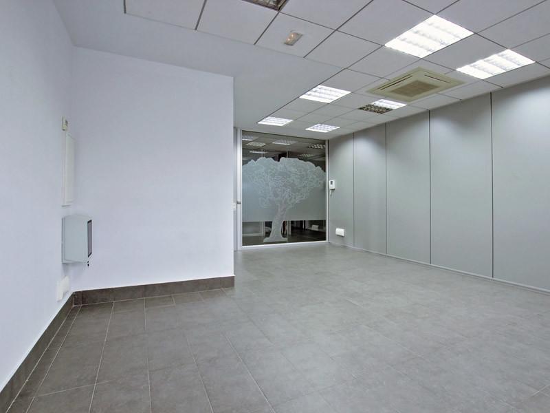 Oficina 5g en el edificio d dalo 21 vista del interior for Edificio oficinas valencia