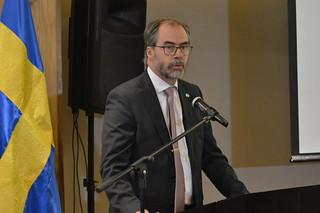 Ministro Shekarabi de Suecia y vicepresidente Jafeth Cabrera