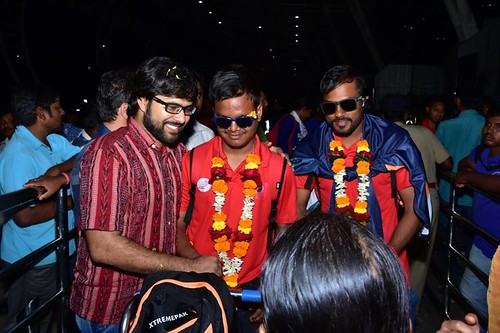 WorldCup, SabyaSachi Cheered With The Indian Cricket Team As They Stormed Into WorldCup Final Defeating Srilanka
