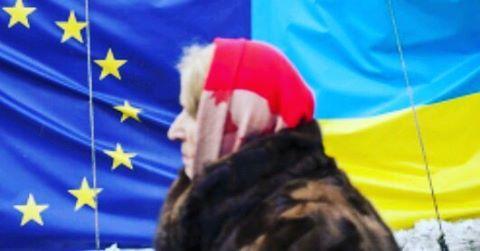 Безвіз або почекун дочекався... Найперше я подякую Президенту України, тавсім політикам, котрі доконали ЄС іУкраїні дали безвіз. Почекуни котрі сьогодні обпльовують мікрофони: дали безвіз але нетой, або яке лихо нас чекає через нього. Скажу коротко, я