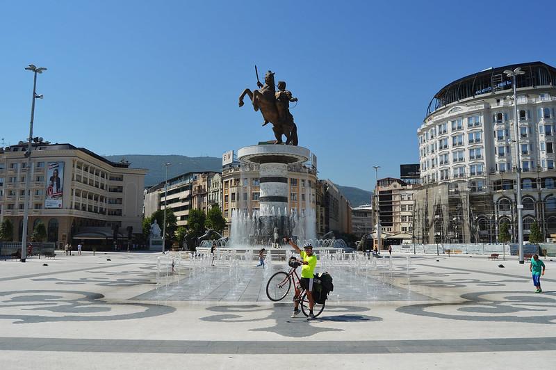 Pana in Franta si Balcani