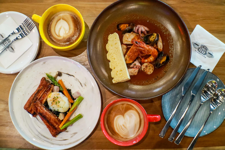central-perk-singapore-friends-cafe-darrenbloggie-14