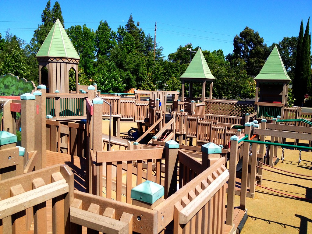 285 365 Fort Natomas Playground Cool Playground In